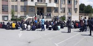 اجتماع دانشآموزان برای لغو امتحانات حضوری در لرستان