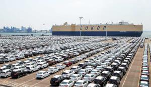 خودرو بخریم یا بفروشیم؟
