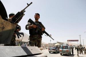 مراکز امنیتی جنوب شهر غزنی به دست طالبان افتاد