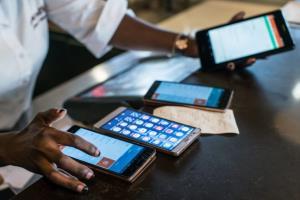 قیمت روز گوشی موبایل در بازار امروز