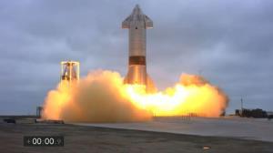 فضاپیمای استارشیپ شرکت ایلان ماسک برای نخستین بار با موفقیت به زمین فرود آمد