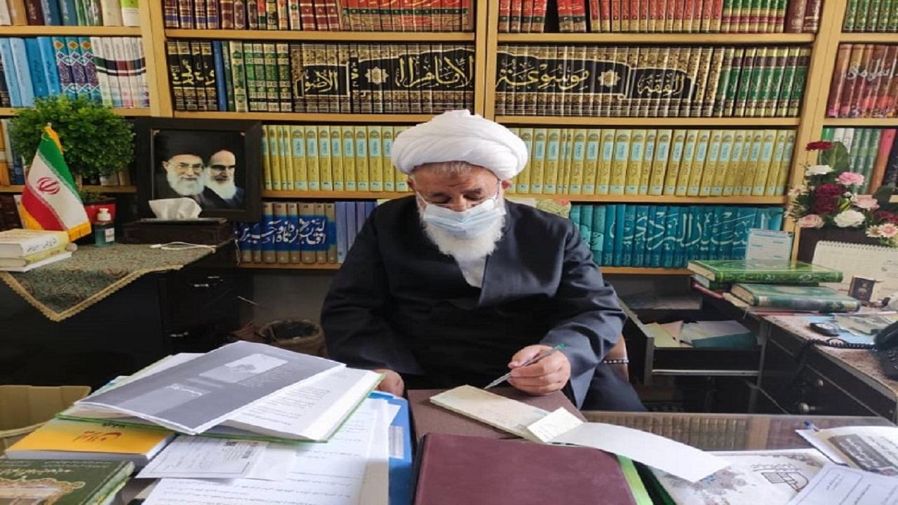امامجمعه یزد هزینه مراسم ترحیم برادر خود را به ستاد دیه اهدا کرد