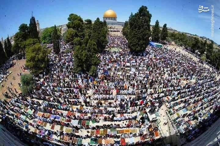 هزاران فلسطینی در نماز جمعه مسجد الاقصی