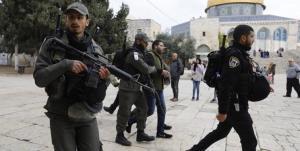 حمله شدید نظامیان صهیونیست به نمازگزاران فلسطینی در مسجد الاقصی