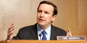 اذعان سناتور آمریکایی به بی اثر بودن تحریمهای ضد ایرانی