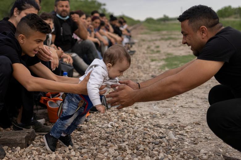 دلخوشی های پناهجویان در مرز ایالات متحده