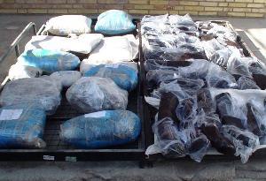 درگیری مسلحانه با قاچاقچیان مواد افیونی در بم