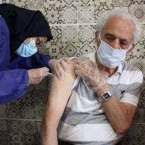 ۷۰ درصد آمار فوتیها با واکسینه کردن سالمندان کاهش مییابد