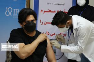 بیش از ۱۰۰ هزار نفر در اصفهان واکسن کرونا را دریافت کردند
