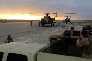 آماده باش در پایگاه عین الاسد عراق