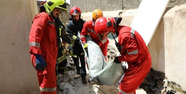 مرگ دلخراش کارگر جوان حین تخریب ساختمان ۲ طبقه در مشهد