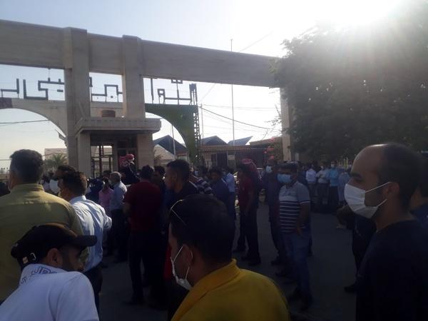 شادی کارگران هفتتپه به خاطر خلع ید از کارفرما