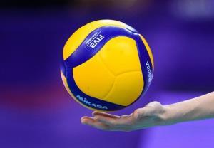 تنه والیبالیستها به فوتبالیستها خورد
