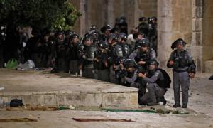 حمله نظامیان و شهرک نشینان اسرائیلی به مسجد الاقصی