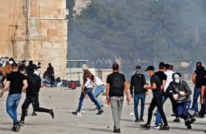 حمله به مسجد الاقصی از زاویه دوربین یکی از مقاومان فلسطینی