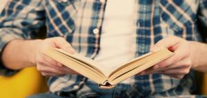 چه لذتی در داستانخواندن برای خواننده داستان نهفته است؟