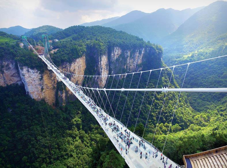 ترسناک ترین پلهای معلق جهان