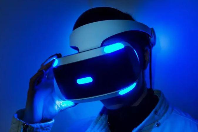 نسل بعدی هدست پلی استیشن VR از فناوری ردیابی چشم برخوردار خواهد بود