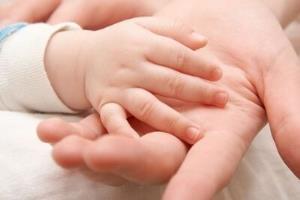 ۳۶۹ خانواده خراسان جنوبی در انتظار فرزندخواندگی هستند