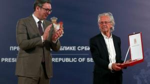 ادامه حواشی نوبل با اعطای یک جایزه به «هاندکه»