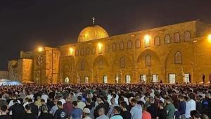ورود هزاران نمازگزار فلسطینی به مسجدالاقصی پس از خروج صهیونیستها