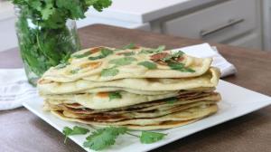طرز تهیه «نان سیر هندی» بدون �ر؛ خوشمزه و پرطر�دار
