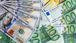 کشف ۶۵ هزار دلار قاچاق در فرودگاه امام (ره)