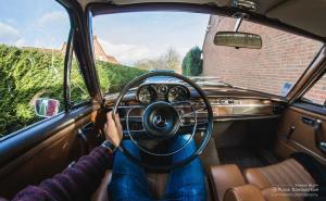 لذت رانندگی با مرسدس کلاسیک