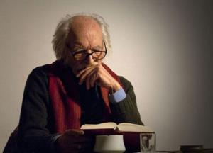 این روزهایِ خالق «کلیدر» و «جای خالی سلوچ»/ محمود دولتآبادی: هنوز کرگدن نشدهام