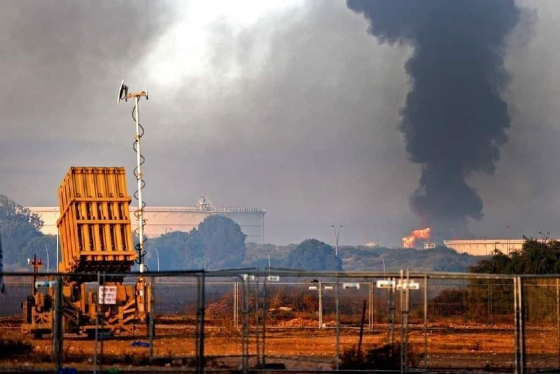 عکس/ شعلههای آتش در کنار گنبدآهنین!