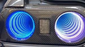 طراحی بی نظیر چراغ عقب خودرو با قالبهای سه بعدی