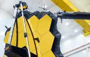 آخرین آزمایش زمینی آینهی عظیم تلسکوپ فضایی جیمز وب انجام شد