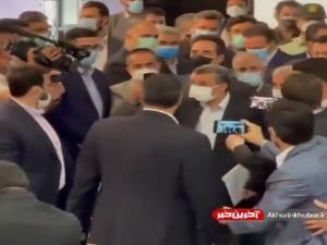 ثبت نام احمدی نژاد برای انتخابات ریاست جمهوری