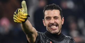 خبر انتقال بوفون به بارسلونا کذب است