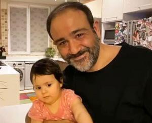چهره ها/ عکس خانوادگی مهران غفوریان با دختر و همسرش