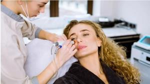 مراحل و کاربرد هیدروفیشیال برای جوانسازی صورت