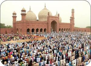 آئین جالب جشن پایان ماه رمضان در پاکستان