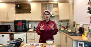 آشپزی با فاطمه گودرزی؛ خوراک کرفس و قارچ