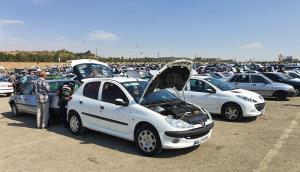 بازار خودرو در سراشیبی
