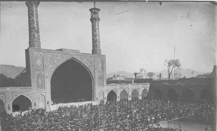 استقبال از عید سعید فطر در تهران قدیم؛ چشم به راه تلگراف از قم و نجف