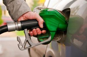 کاهش ۱۵ درصدی مصرف بنزین در محدودیت های کرونایی