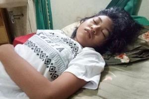 «زیبای خفته در دنیای واقعی»؛ دختری ۱۷ ساله که هفته های متوالی در خواب است