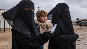 زندگی تحت حکومت داعش برای زنان چگونه بود؟