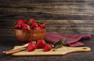 فوت و فن فریز کردن توت فرنگی مخصوص خانم های خانه دار