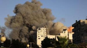 لحظه تخریب برج شروق غزه پس از حمله اسرائیل