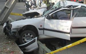 جزئیات برخورد مرگبار خودروی سواری پرشیا با تیر برق