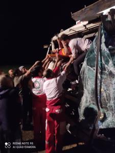 برخورد دو کامیون حادثه آفرید