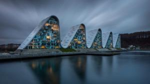 ساختمانهای عجیبی که چشمان هر رهگذری را خیره میکنند