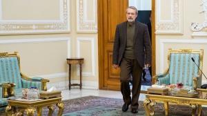 روایت چهره نزدیک به لاریجانی از تصمیم وی برای انتخابات