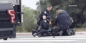 ضرب و شتم یک مرد سیاهپوست بیخانمان در «سن دیگو» به دست پلیس